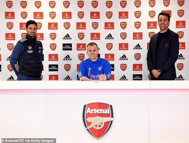 Arsenal defender, Rob Holding signs a new three-year contract until 2024 with the option of a further season