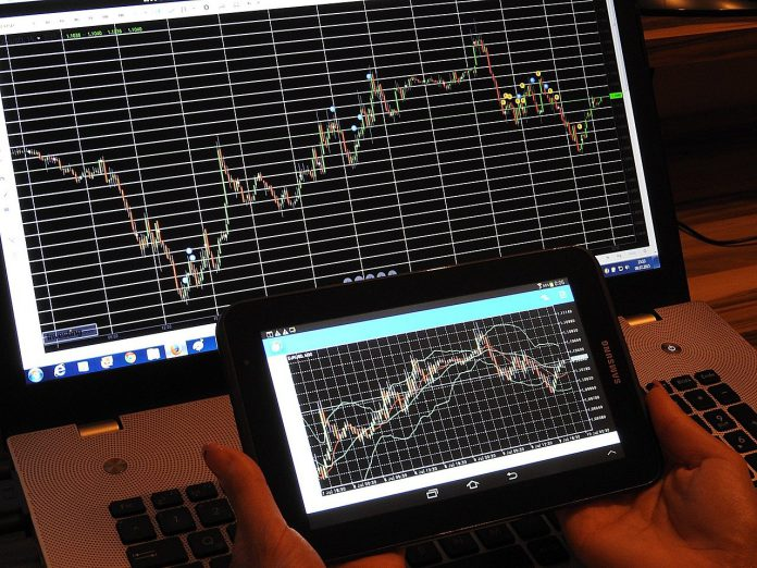 FOREX business as  a lucrative home business: Tricks and tips.
