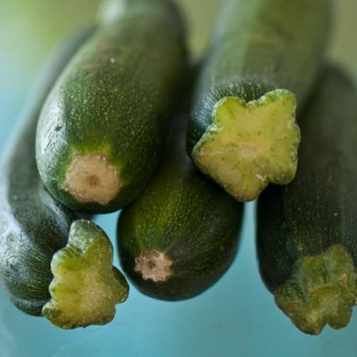 03_Green-zucchinis