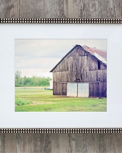 pastel barn -silver framed photo of pastel grey barn amsw photography
