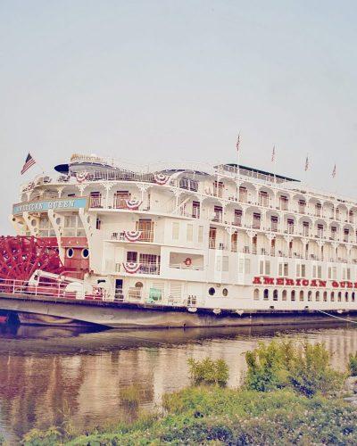 american queen cruise ship paddle wheeler