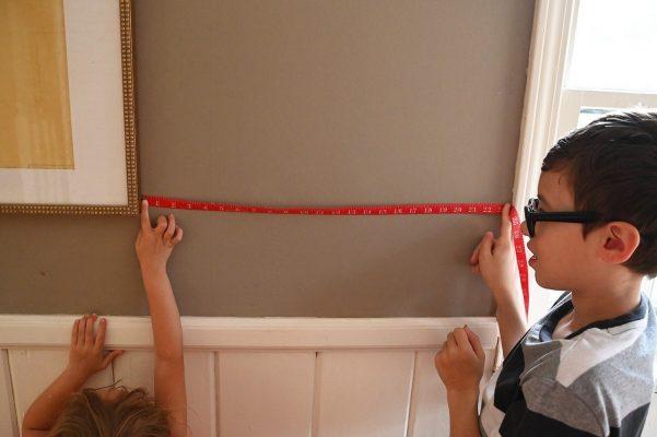 kids holding measuring tape web