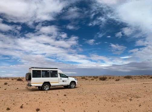 Safari-car-in-the-desert