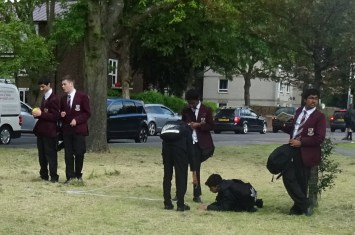 Pollution and tree survey Streatham Common London school students