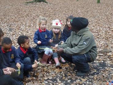 free-forest-school-activity-for-primary-school-children-on-streatham-common-lambeth-11