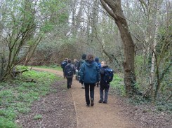 Forest school activity at eardley road sidings nature reserve Lambeth-2