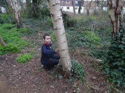 Forest school activity at eardley road sidings nature reserve Lambeth-4