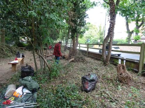 free family nature activity Knight Hill Wood Lambeth London-1
