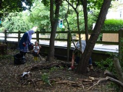 Free Family Forest School Knights Hill Wood Lambeth London-13