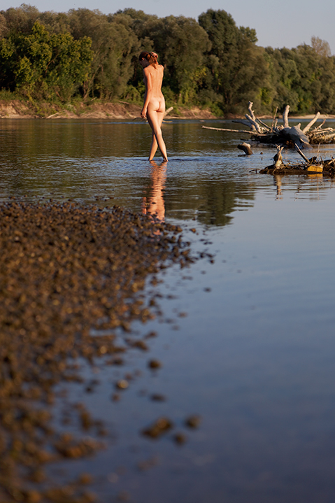 nude girl on river