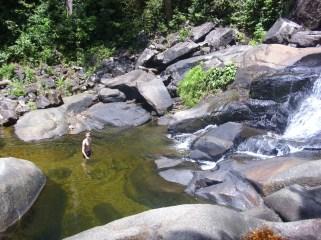 Baden unterhalb des Wasserfalls