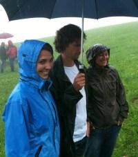 Verhandlung bei Regen