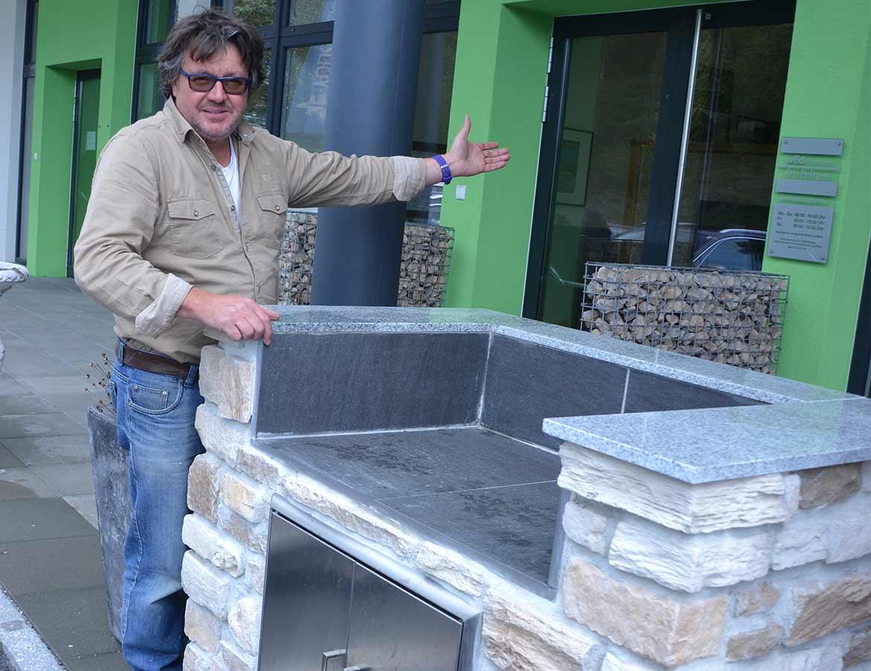 Outdoor Küchen Trend : Outdoorküchen voll im trend natursteinhandel arti pietra