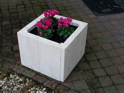 Plantenbak van Steigerhout in White-wash met afm. 41x41x33cm