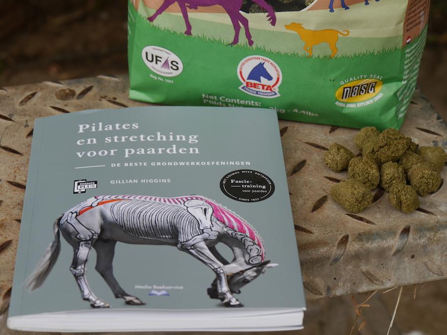 Natuurlijk Paarden leest Gillian Higgins Pilates en stretching voor paarden