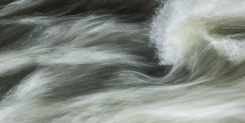 Stromend water verveelt nooit en zal op geen enkele foto ooit hetzelfde zijn.
