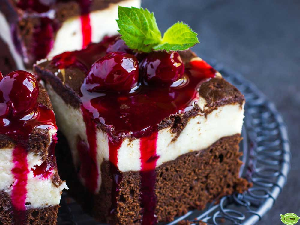 BROWNIE CHEESECAKE WITH CHERRIES