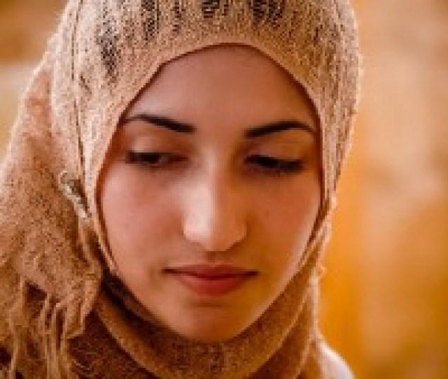 96e3d5ab295923208438e8a1660300b7 An Average Moroccan Girl
