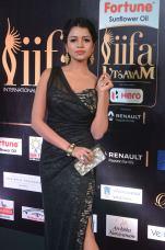 bhavya sri hot at iifa awards 2017 DSC_14740528
