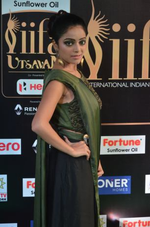 jnani iyer hot at iifa awards 2017Janani Iyer (28)