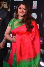kushboo at iifa awards 2017 kushboo hot at iifa awards 2017 DSC_14350489