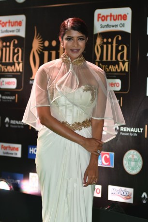 lakshmi manchu hot at iifa awards 2017 HAR_58820002