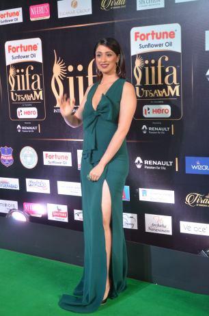 laxmi rai hot at iifa awards 2017DSC_88340005