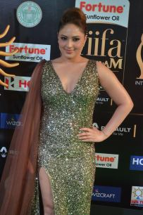 nikesha patel hot at iifa awards 201729