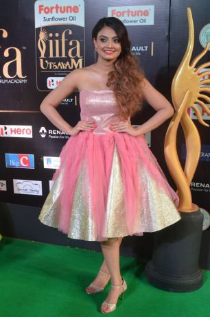 nikita narayan hot at iifa 201718