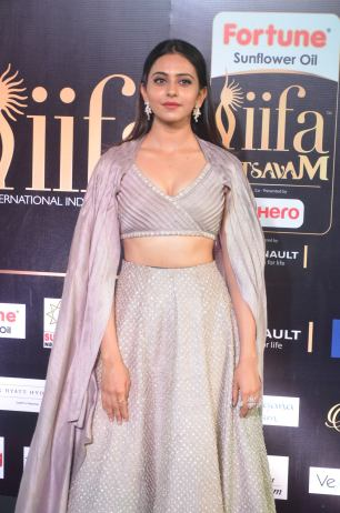 rakul preet singjh hot at iifa awards 2017DSC_90400006