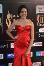 ritu varma hot at iifa awards 2017 DSC_12990354