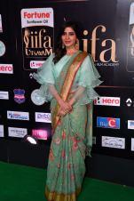 samantha hot at iifa awards 2017HAR_60340002