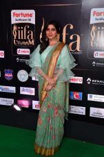 samantha hot at iifa awards 2017HAR_60640032