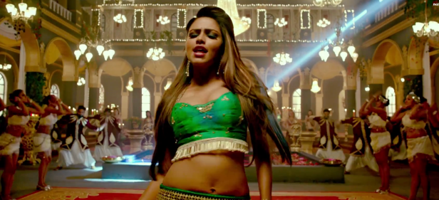 Screenshot 2017-03-28_09-42-57amala paul hot hebbuli