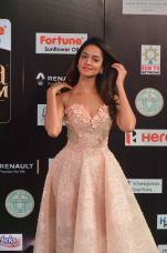 shanvi srivatsav hot at iifa awards 2017 DSC_17720823