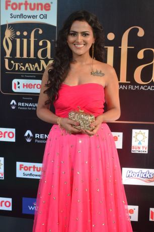 sredha hot at iifa awards 2017DSC_83560006
