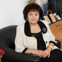 Янка Такева: Трябва промяна в държавните образователни стандарти, тъй като те не кореспондират с дейността на българския учител