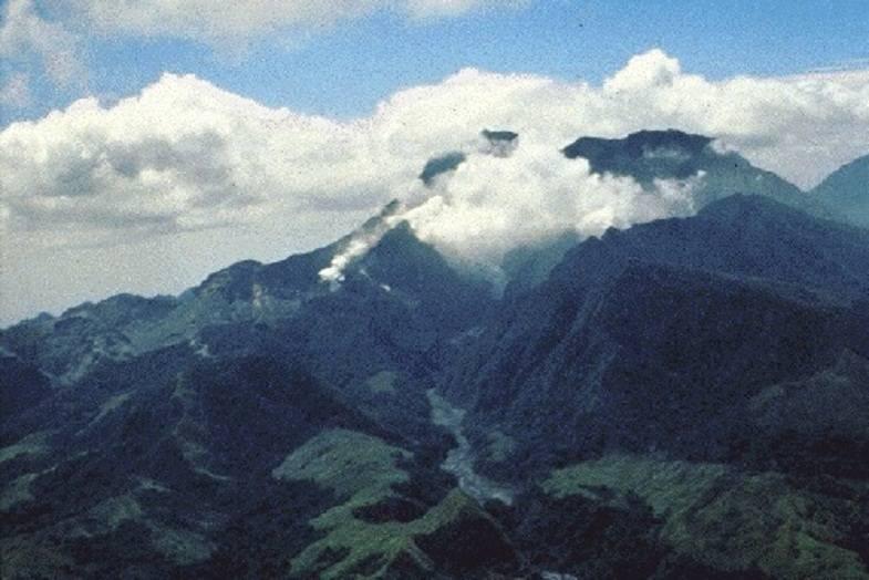 Пинатубо в апреле 1991 года