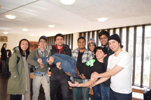 McMaster teams huddle up for a group photo!