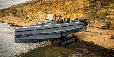 Iguana Interceptor, amphibious boat