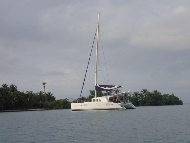 FMD at anchor in San Blas