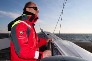 Francis Joyon con IDEC rompe el record del Atlántico Norte.