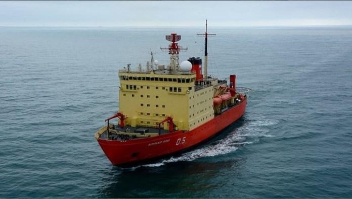 Después de 10 años, el rompehielos Irizar rumbo a la Antártida