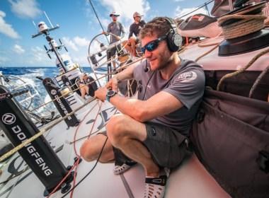 Volvo Ocean Race. De vuelta a la batalla en el Atlántico Sur