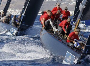 RC 44. Team Aqua líder