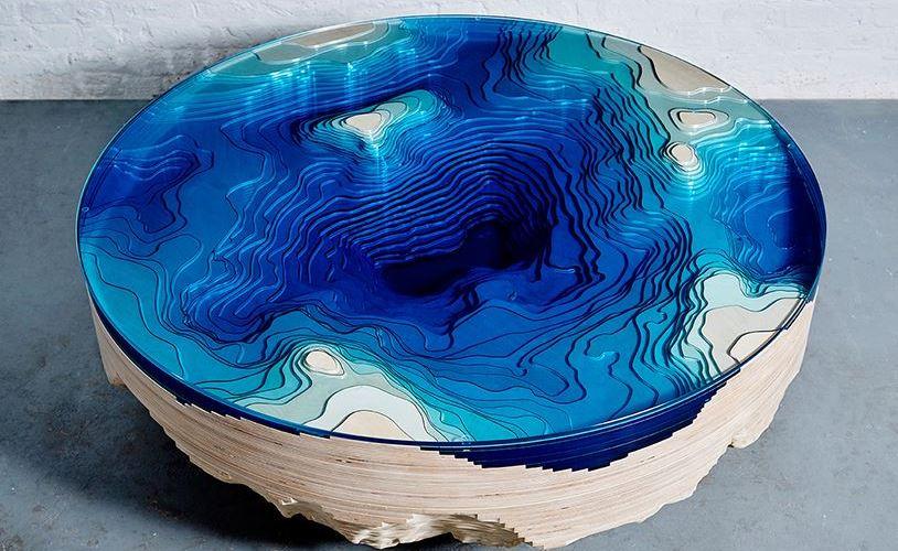 La mesa que simula las profundidades del mar