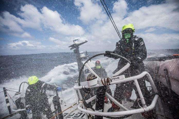 Volvo Ocean Race. Dongfeng intenta sorprender.