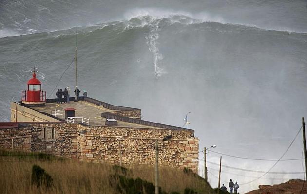Nazaret y sus olas gigantes