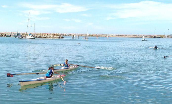 Remo Se corre la cuarta Regata del Mar