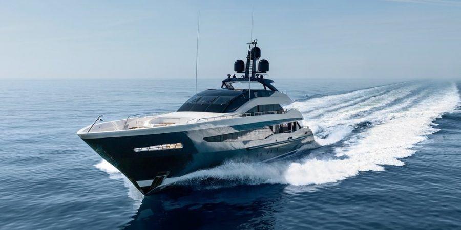 Irisha o la navegación según Heesen Yachts.